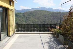 Прекрасные апартаменты-пентхаус с видом на озеро Лугано