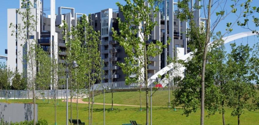 Новейший комплекс с парковой зоной в милане