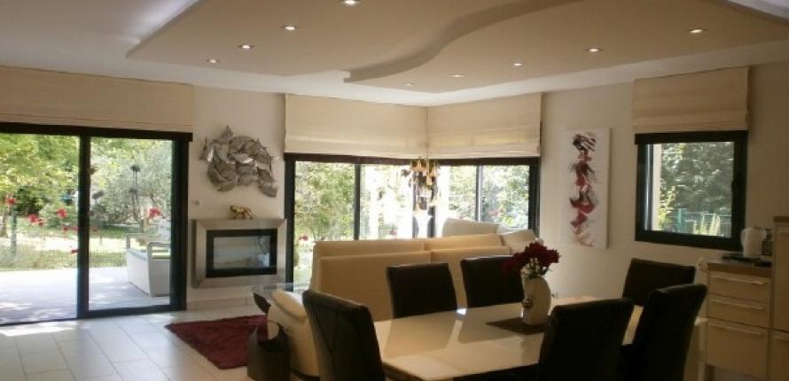 Прекрасная квартира с 3 спальнями и собственным садом