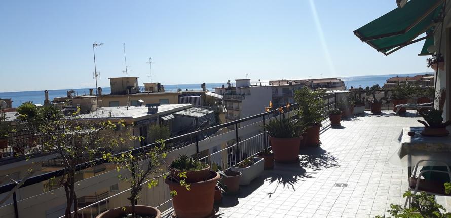 Пентхаус с видом на море